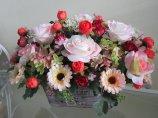 Shop Hoa  Trang Trí   - Chậu gỗ: Hồng phấn, cúc, tú cầu, hồng trứng